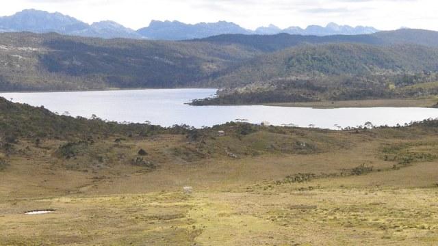 lake habbema